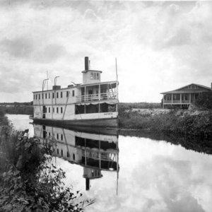 Tidal Caloosahatchee River
